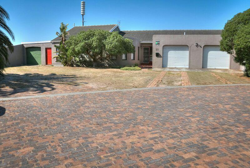 Property For Sale in Melkbosstrand, Cape Town 8