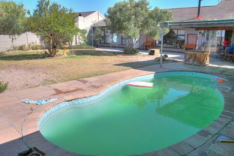 Property For Sale in Melkbosstrand, Cape Town 9