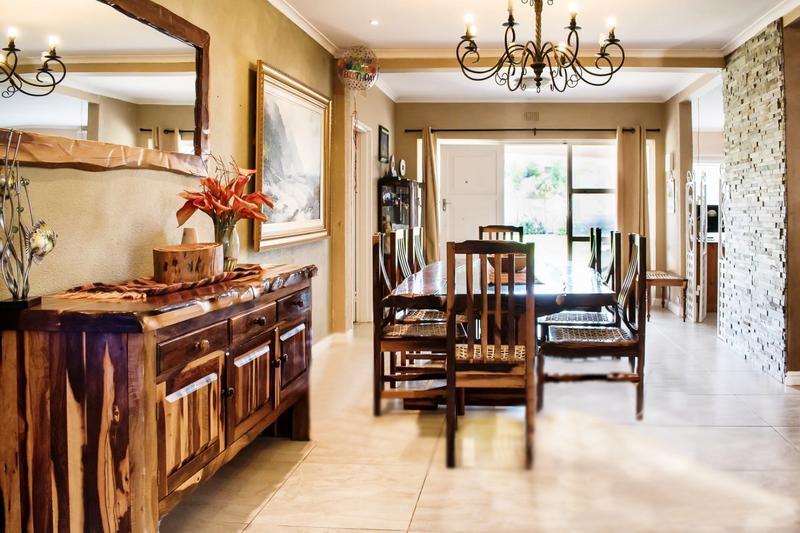 Property For Sale in Melkbosstrand, Cape Town 8