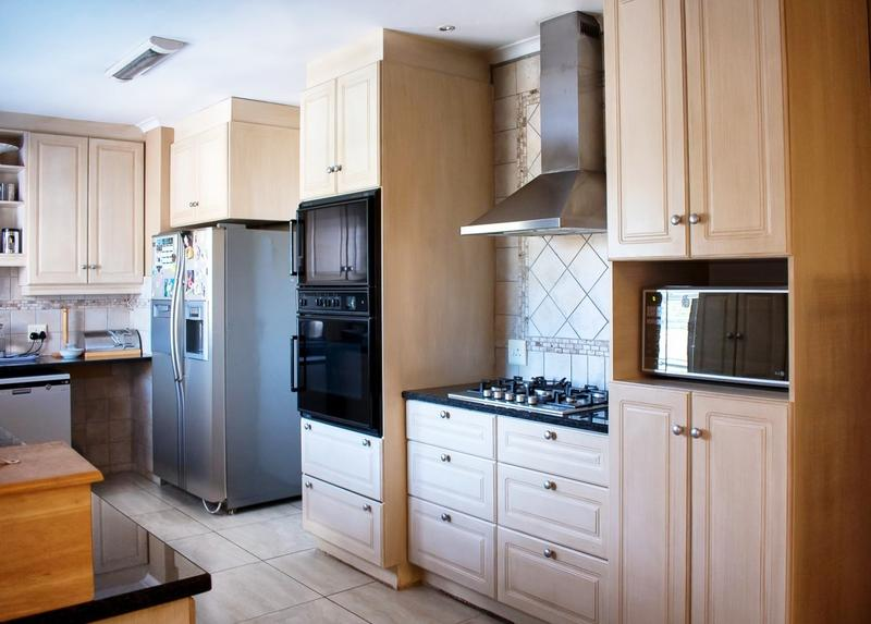 Property For Sale in Melkbosstrand, Cape Town 7