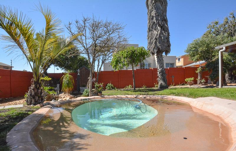 Property For Sale in Melkbosstrand, Cape Town 31
