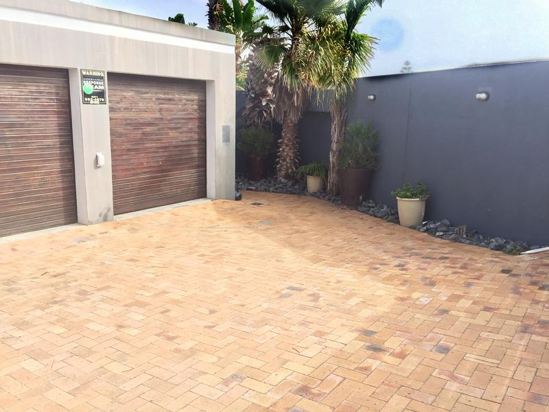 Property For Rent in Melkbosstrand, Melkbosstrand 37