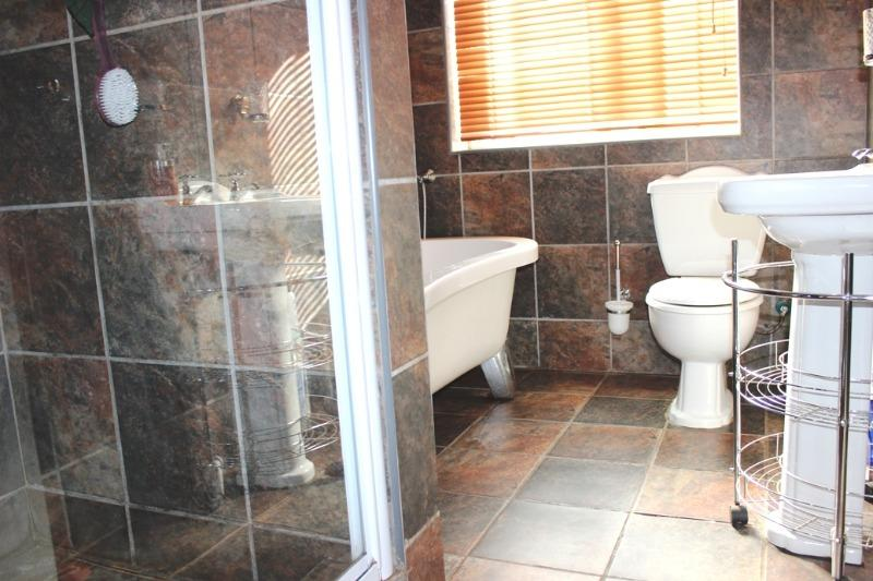 Property For Sale in Morning Star, Cape Town 25