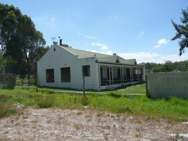 SMALL HOLDING For Sale in Philadelphia, Cape town