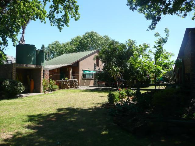 Property For Sale in Paarl, Paarl 11