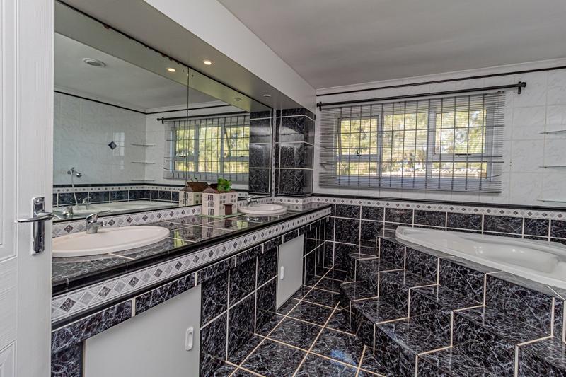 Property For Sale in Groene Rivier Estate, Groene Rivier 9